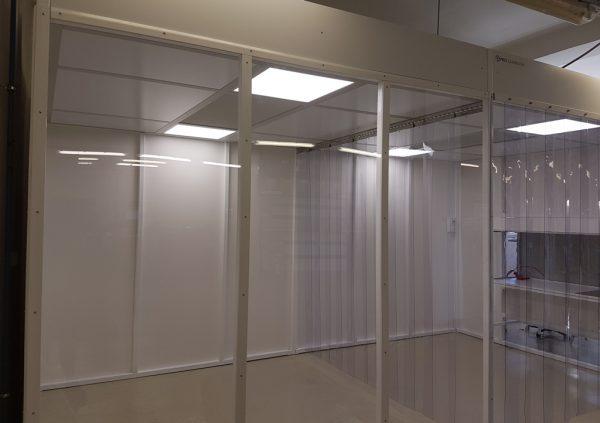 Hardwall cleanroom voor assembleren en verpakken electronica
